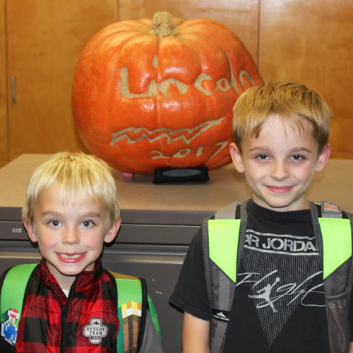 Lincoln Students Grow Pumpkin with Pride